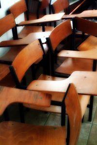 Classroom%20chair.jpg