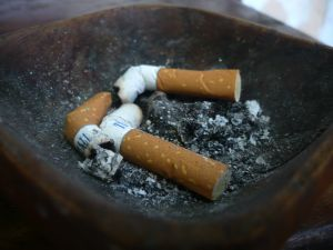 health%20medical%20cigarette%20smoking%20dangers%20to%20children%20ashtray.jpg