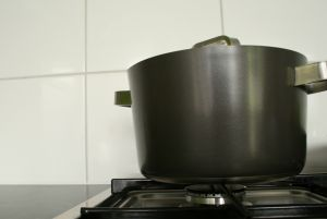 household%20pot%20of%20boiling%20water%20on%20stove.jpg