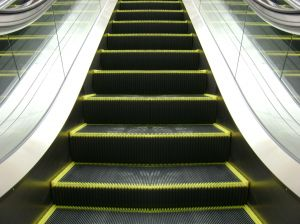 shopping%20center%20escalator%20black%20with%20clear%20sides.jpg
