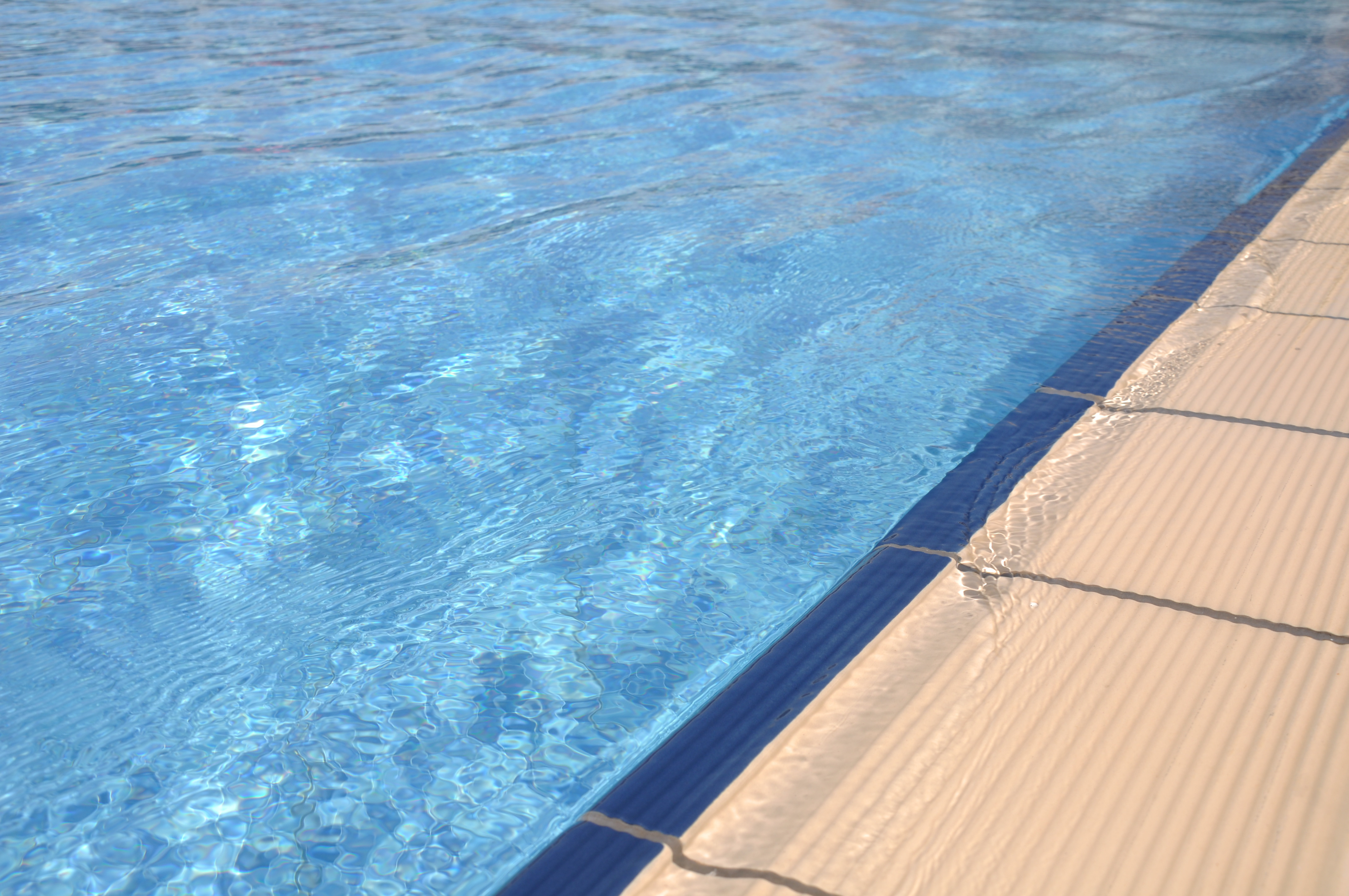 drowning and swimming pools Drowning is a leading cause of death among  toddlers between one and four years most commonly drown in swimming pools  drowning prevention:.